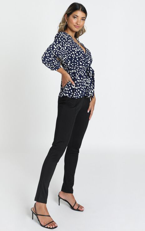 Arianna Top in Navy
