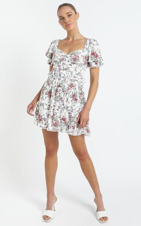 Kelise Dress in White Floral