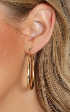 Jolie & Deen - Lauren Hoop Earrings in Gold