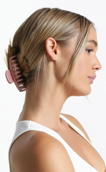 Bring It Back Hair Clip in Pink