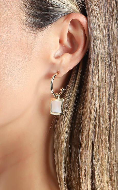 Gem Stone Earrings in Gold