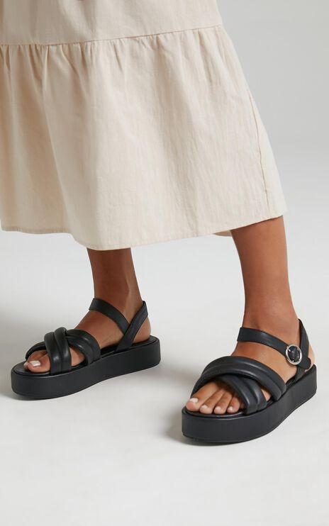 Public Desire - Kelsi Sandals in Black