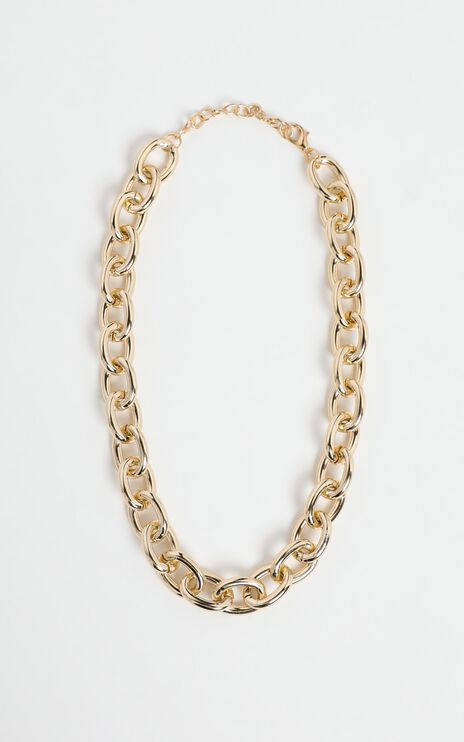 Brya Necklace in Gold