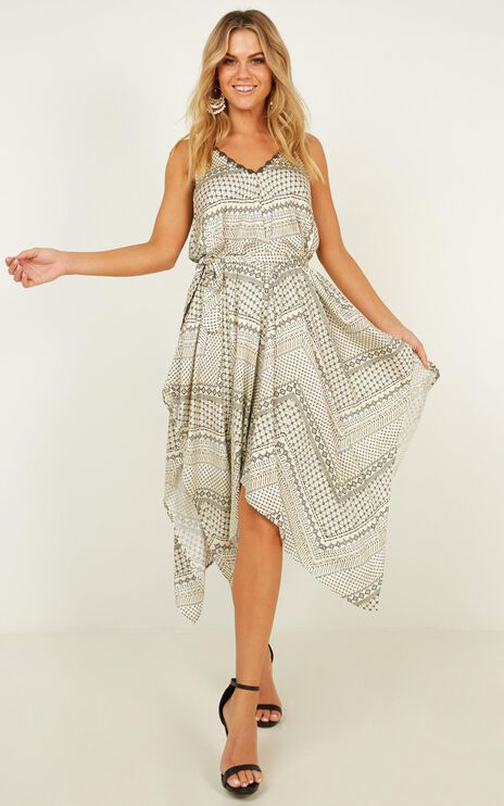 Give Yourself A Chance Dress In Cream Print