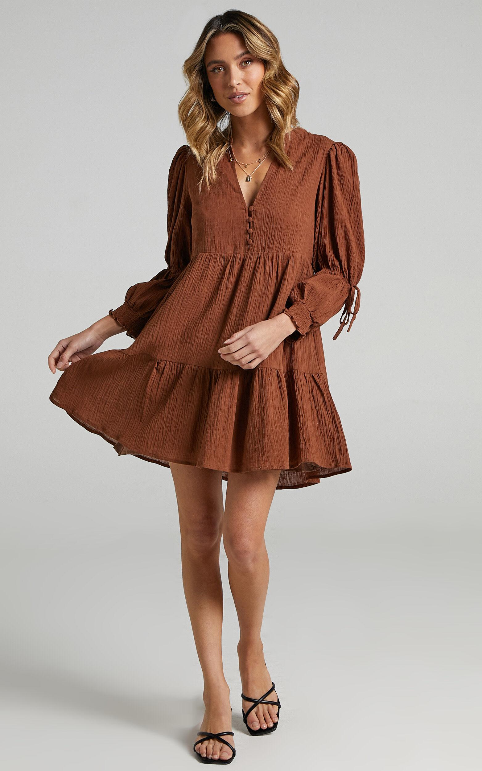 Orald Dress in Chocolate - 06, BRN1, super-hi-res image number null