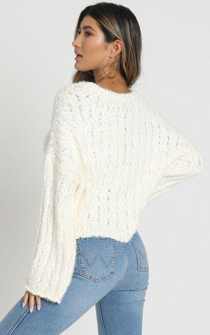 Bethen Fluffy Knit in ivory - M/L, White, hi-res image number null