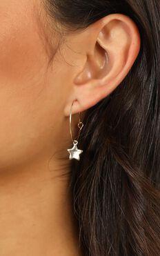 Dream On Earrings In Gold