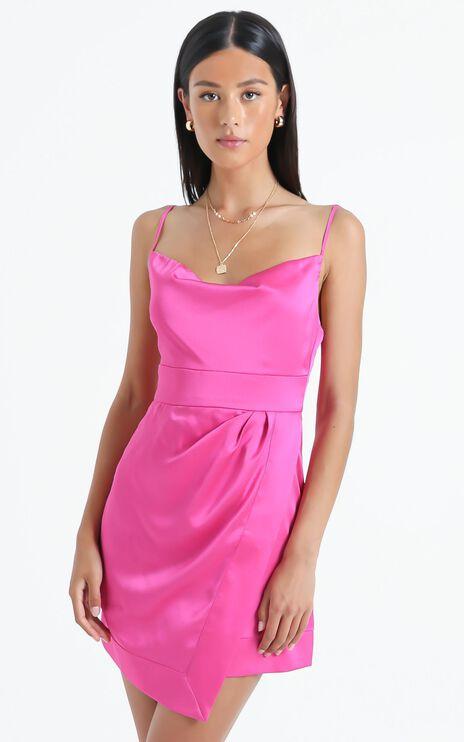 Naesa Dress in Pink Satin