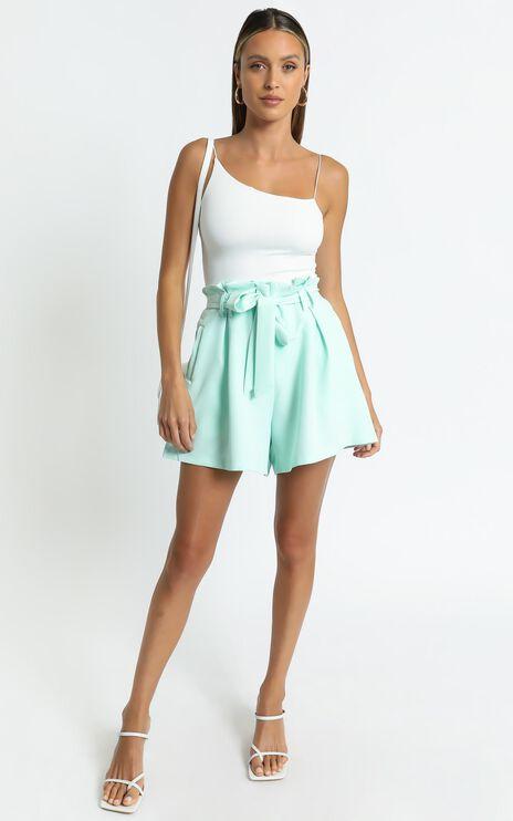 Amazona Shorts in Sage