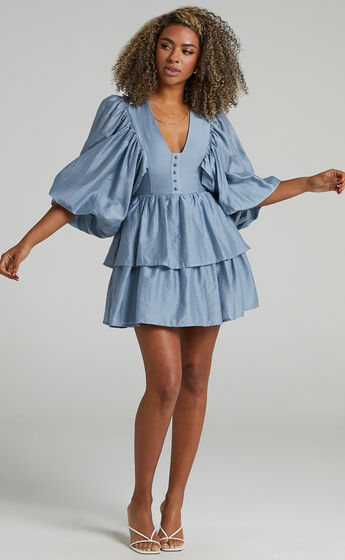 Constance Wide Sleeve Layered Mini Dress in Blue