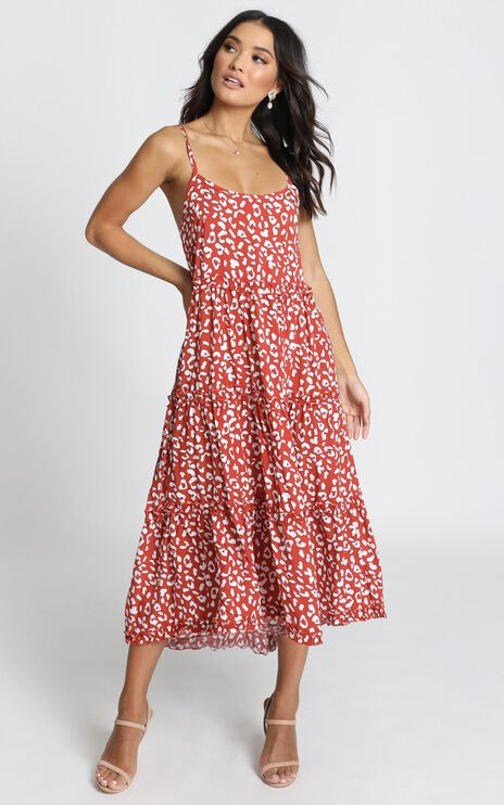 Zola Tiered Maxi Dress In Rust Leopard Print
