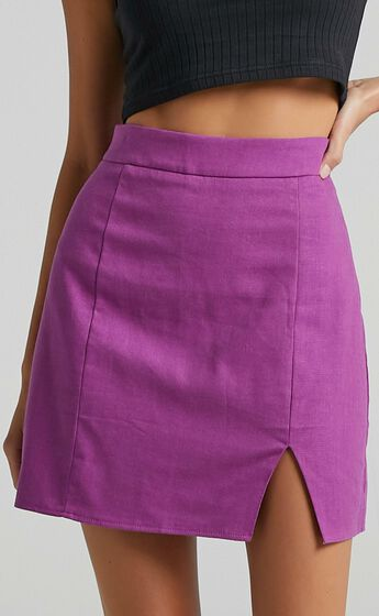 International babe skirt in Dark Orchid