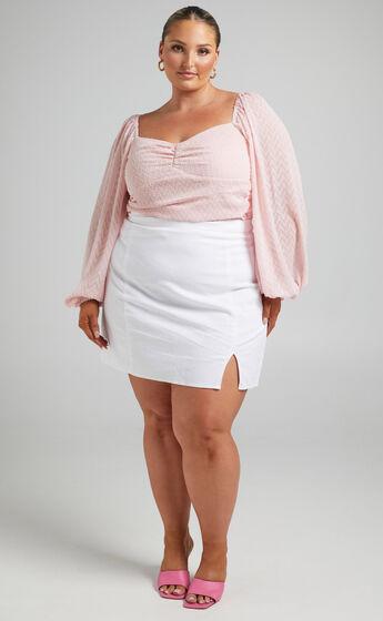 Lunara Textured Balloon Sleeve Bodysuit in Dusty Pink