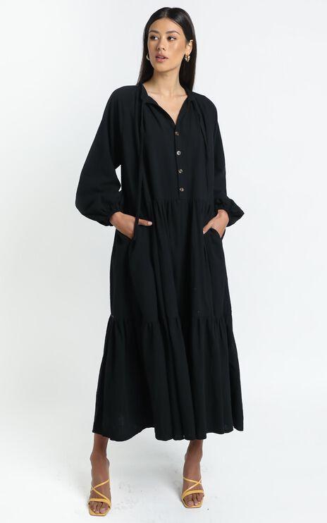 Lullaby Club - Avalon Maxi Dress in Jett