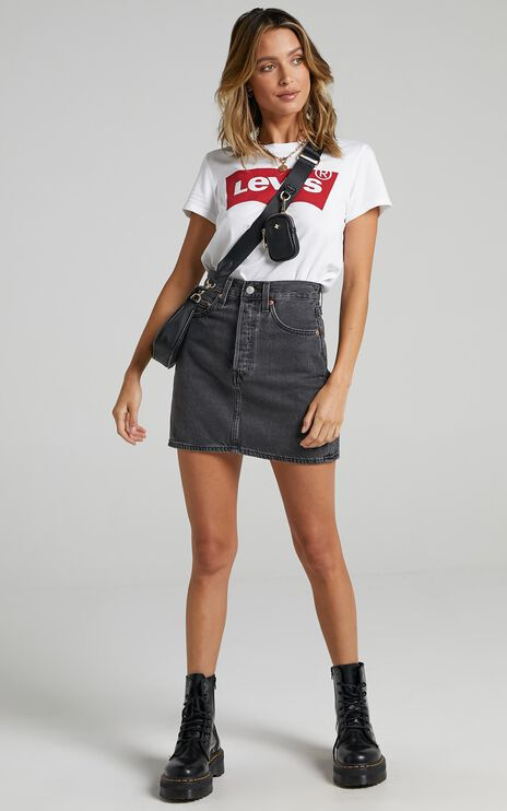 Levis - Ribcage Denim Skirt in Washed Noir Black
