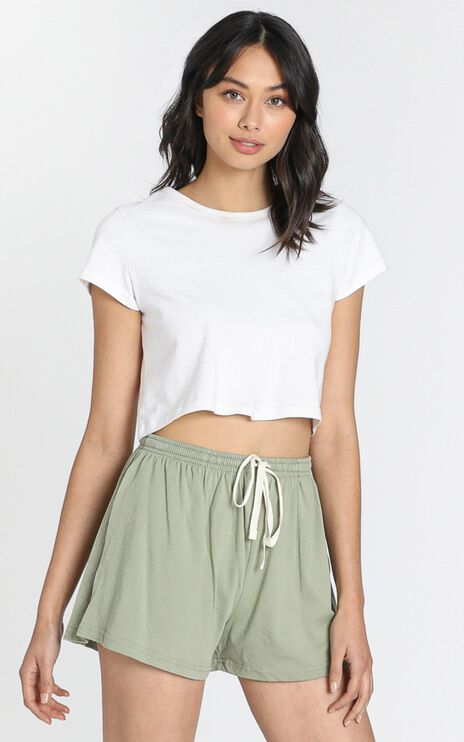 AS Colour - Jersey Shorts in Avocado