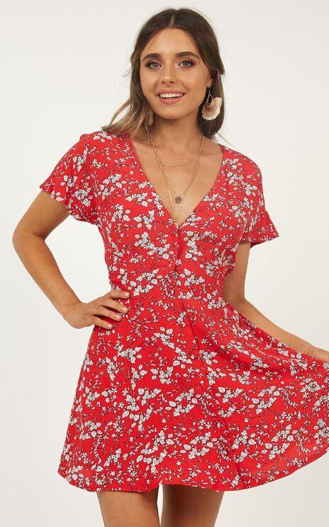 Break Away Dress In Red Floral