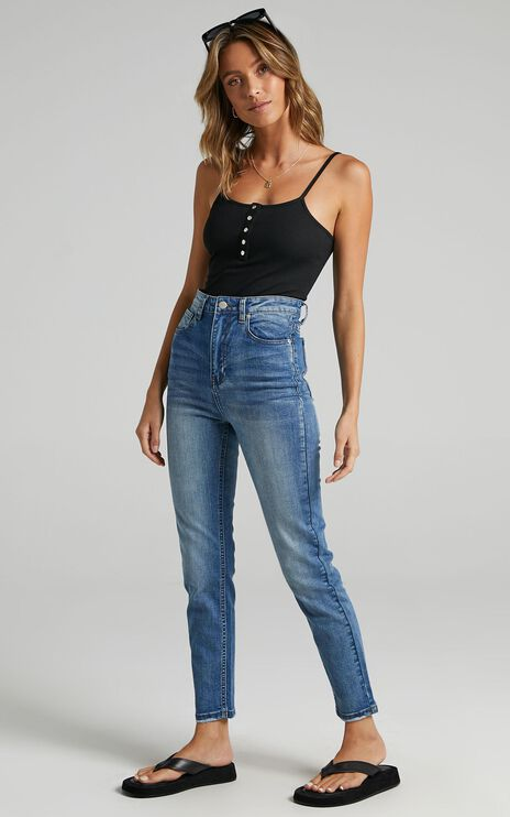 Caitlin Skinny Jeans In Mid Blue Denim