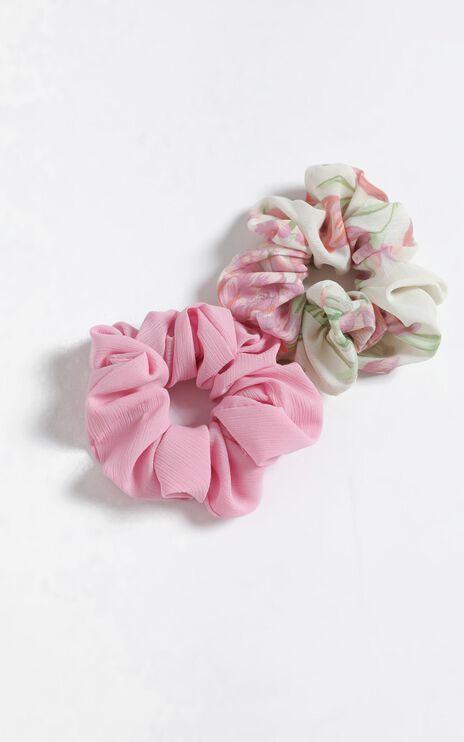 Cream Floral Scrunchie 2 Pack