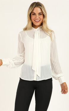 Well Noted Top In White