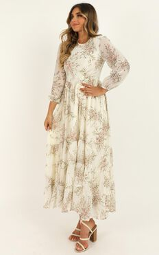 Real Queen Dress In Cream Floral