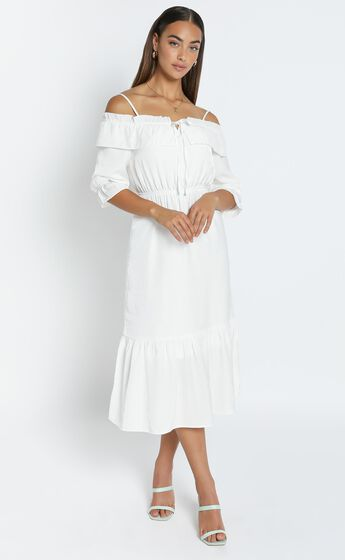 Pristine Dress in White