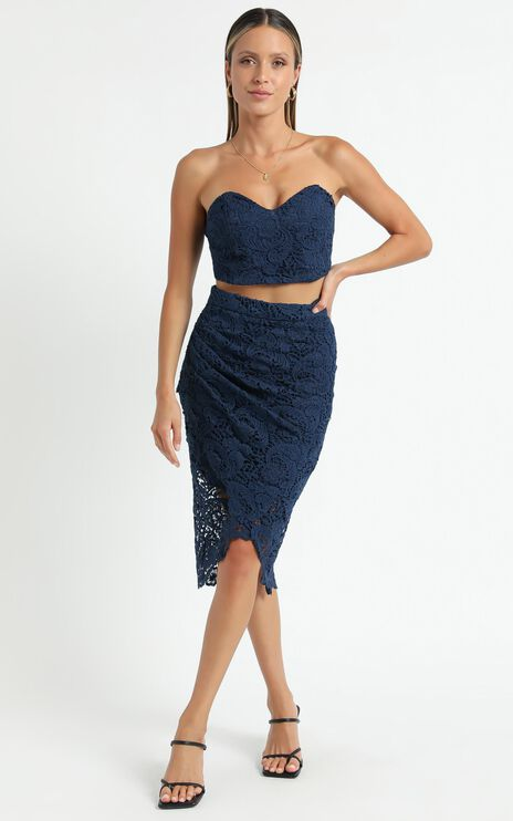 Daliah Two Piece Set In Navy Lace