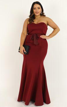 Lasting Moment Maxi Dress In Wine