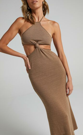 Shania Dress in Brown