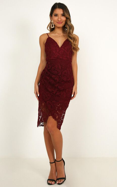 Typical Lover Dress In Wine Lace