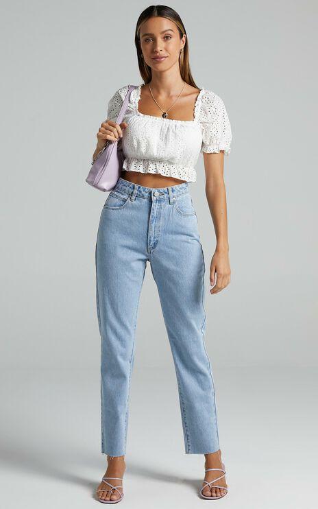 Abrand - A 94 High Slim Jeans in Walk Away