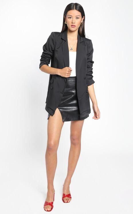 Radiate Confidence Blazer In Black