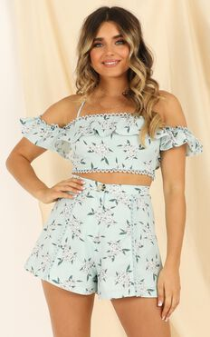 Hitting Stones Two Piece Set In Sage Floral