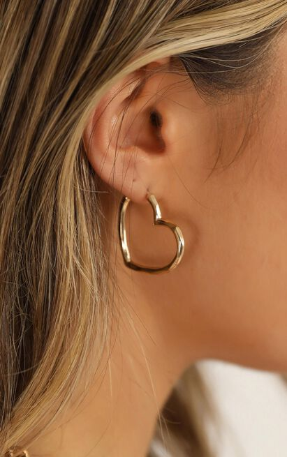 On My Way Earrings In Gold, , hi-res image number null