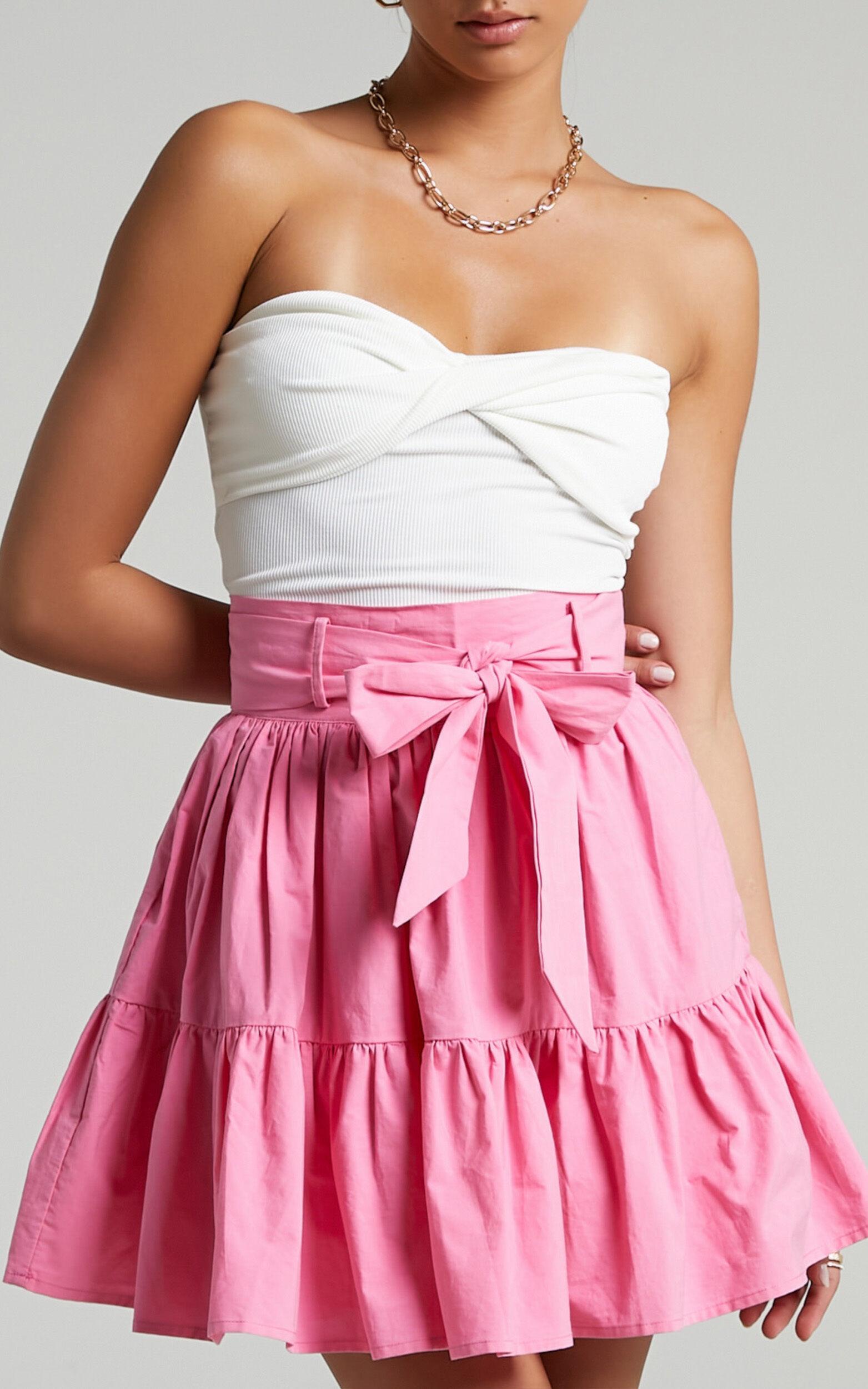 Meredith Mini skirt in Bubblegum Pink - 04, PNK2, super-hi-res image number null