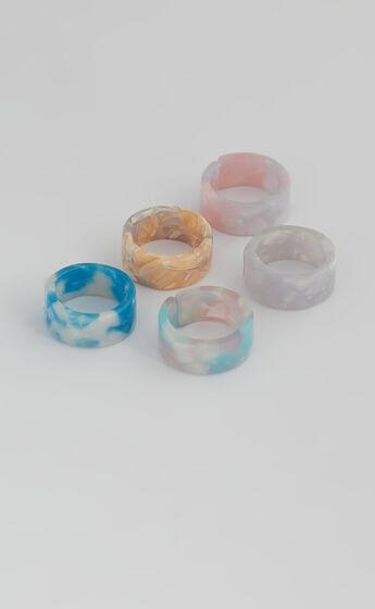 Lexi Multi Pack Rings in Pastel Multi