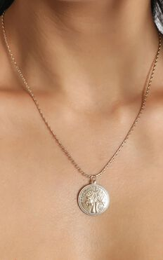 Anastasia Necklace In Gold