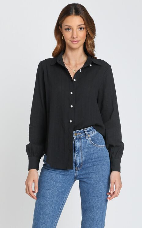 Estrid Embroidery Shirt In Black