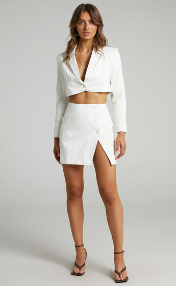 Runaway The Label - Toni Cropped Blazer in White