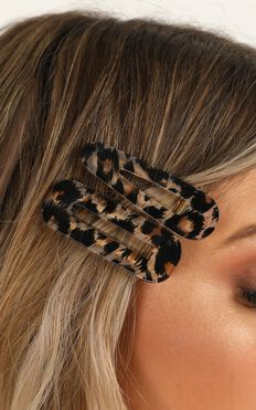 Love Like Us Hair Barettes In Leopard Print