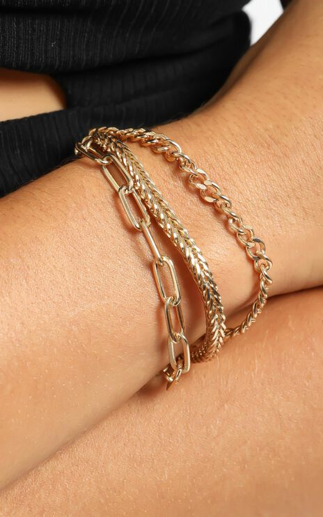 Mindy Bracelet in Gold