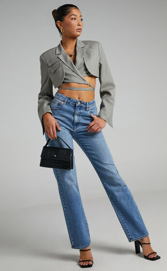 Abrand - A 94 High Straight Jean in Erin