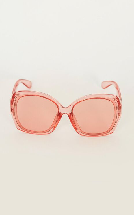 Not Ready Yet Sunglasses In Pink