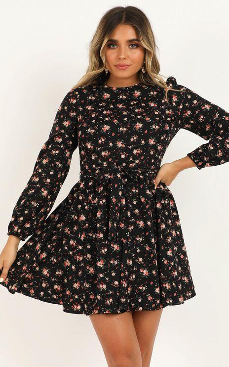 Secret Whispers Dress In Black Floral