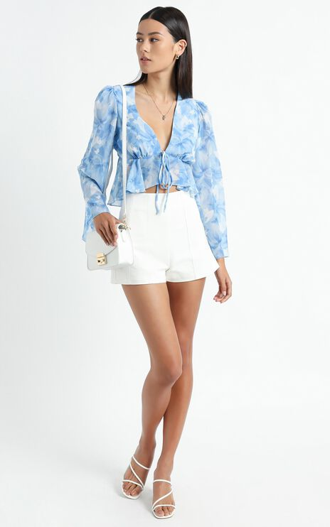 Dance It Out Top in Cloudy Floral