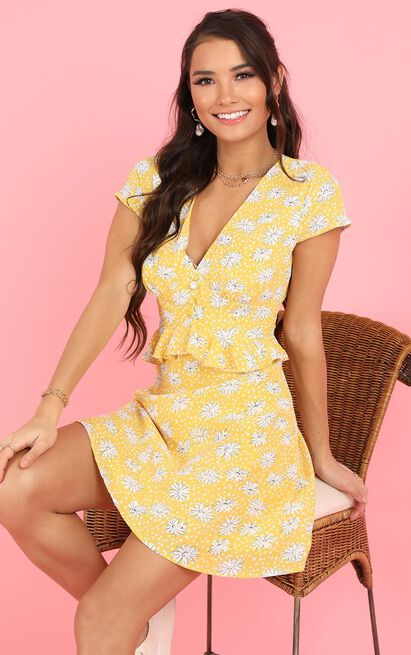 Feeling Inspired Dress in yellow floral - 20 (XXXXL), Yellow, hi-res image number null