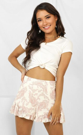 Blame It On The Heart Shorts In Cream Paisley