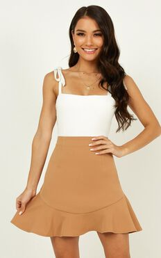 Sweet Calm Skirt In Camel