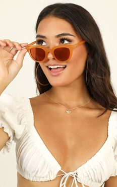 MinkPink - Savvy Sunglasses In Ginger