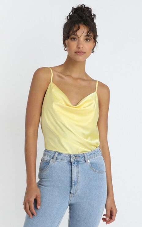Straight Line Top in Lemon